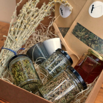 Aegean wild & foraged box from Crete
